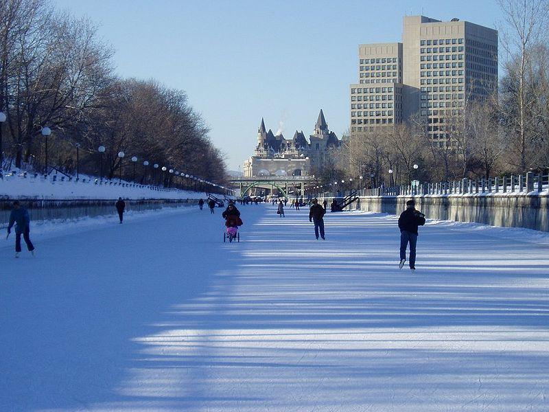 Canal rideau usado como pista de patinaje